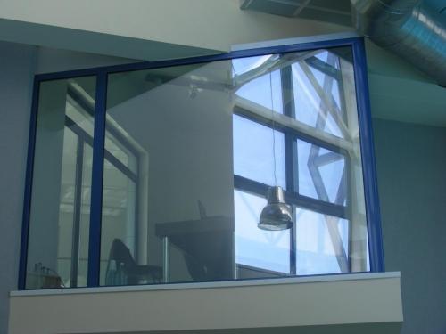 Usi si ferestre cu bariere termica